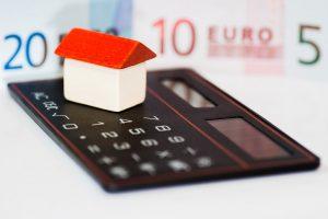 W jakiej walucie wziąć kredyt na mieszkanie?
